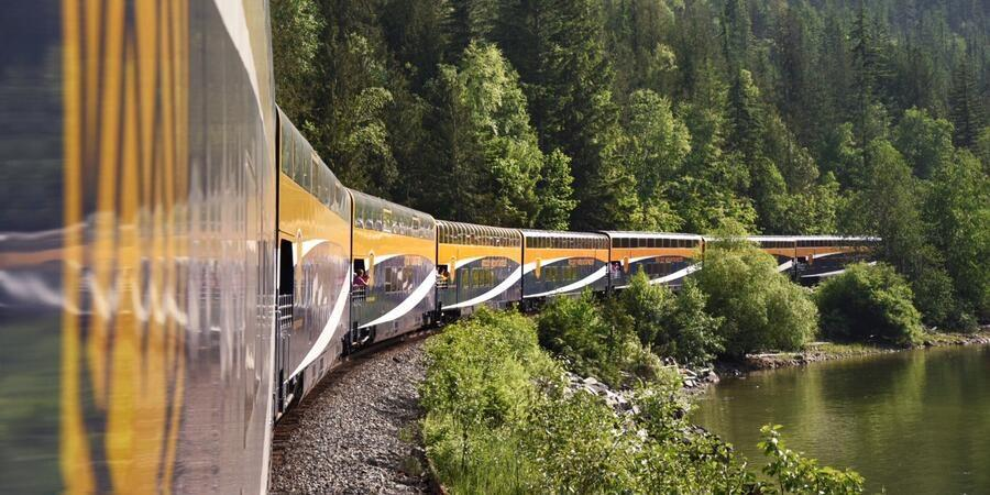 Rocky Mountaineer's First Passage to the West – Canada